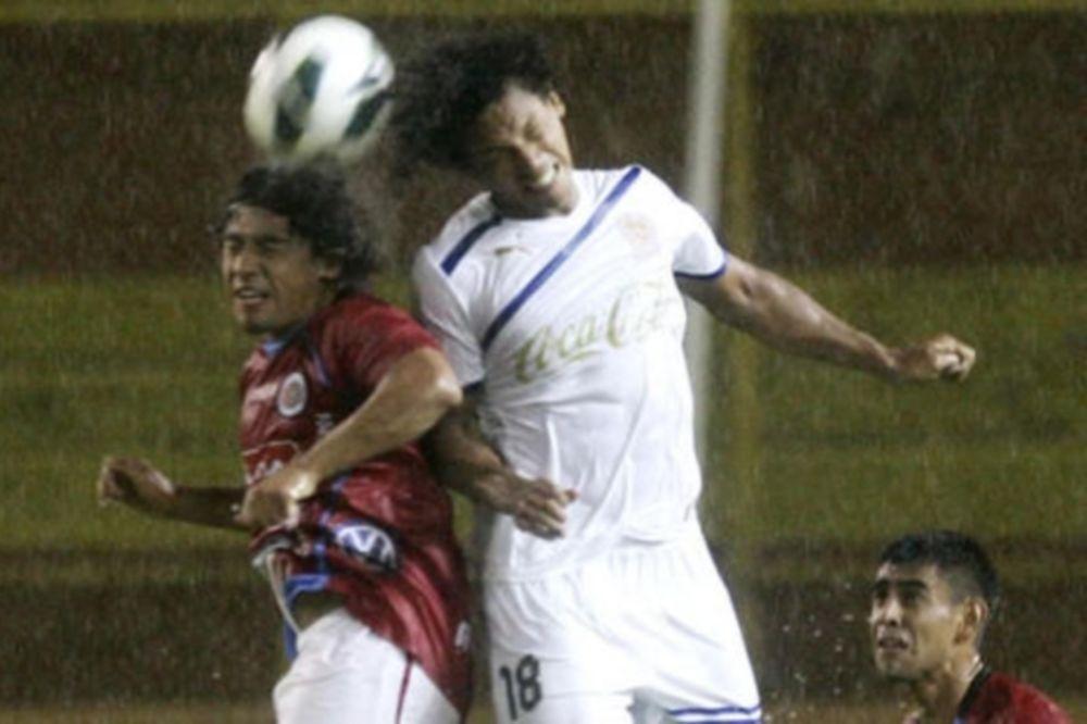 CONCACAF Champions League: Πρόκριση από το… σπίτι για τους Γκάλαξι (video)