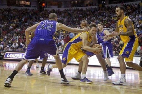 NBA-Φιλικά: Πέμπτη σερί ήττα για τους Λέικερς (videos)