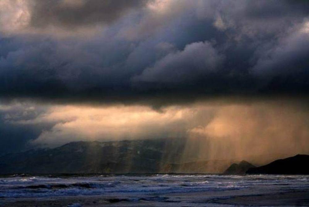 Βροχερός ο καιρός και την Τετάρτη