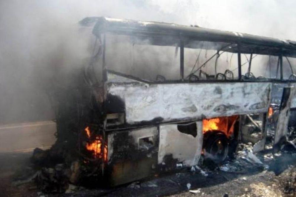 Στις φλόγες λεωφορείο της ΕΘΕΛ στον Κηφισό