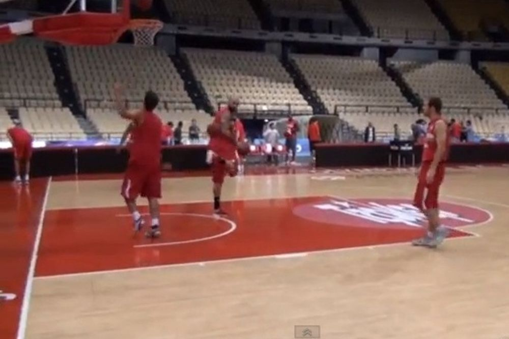 Ολυμπιακός: Ξέρει και από... μπάλα ο Άντιτς (video)