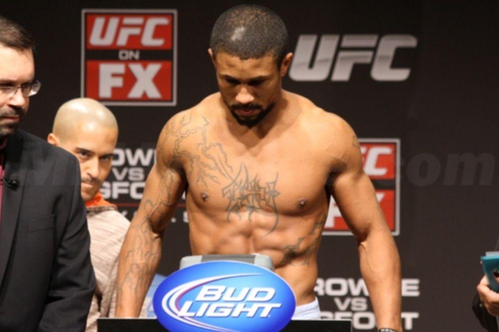 UFC on FOX 5: LeVessuer αντί Oliveira