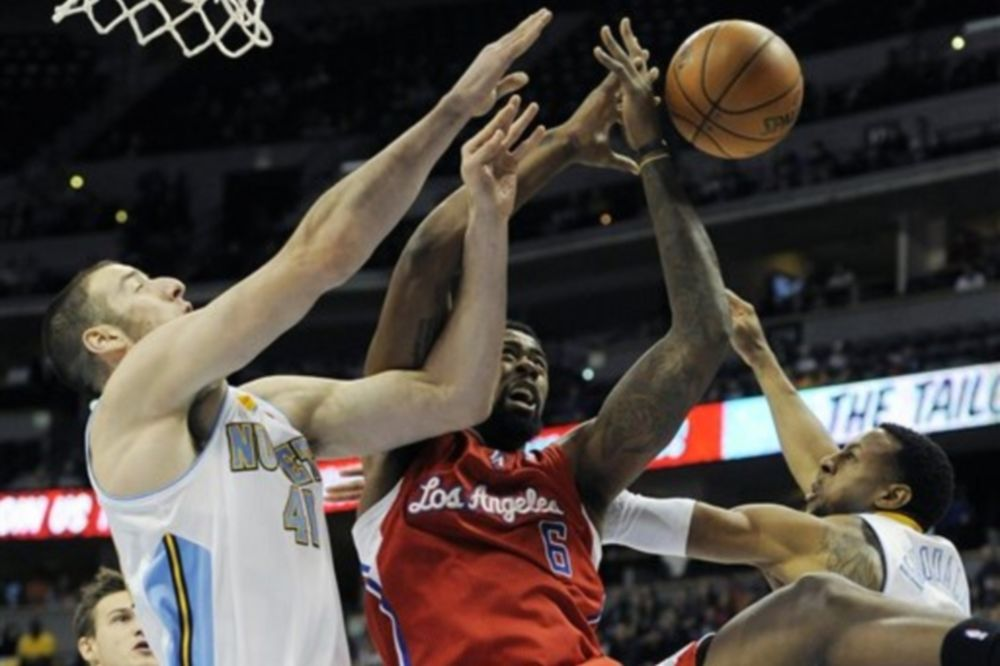 NBA-Φιλικά: Double-double ο Κουφός (videos)