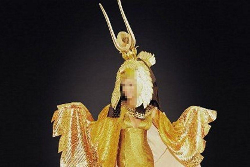 Ποια star θα φορέσει αυτό το υπέροχο κοστούμι Cleopatra στο Halloween;