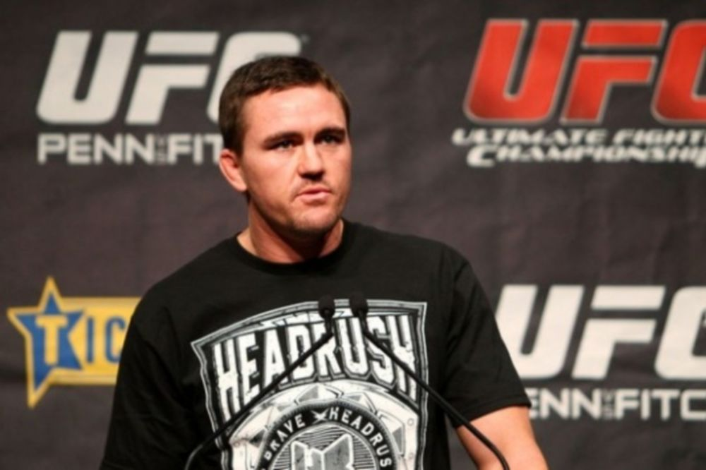 UFC on FX 6: Τραυματίστηκε ο Kyle Noke