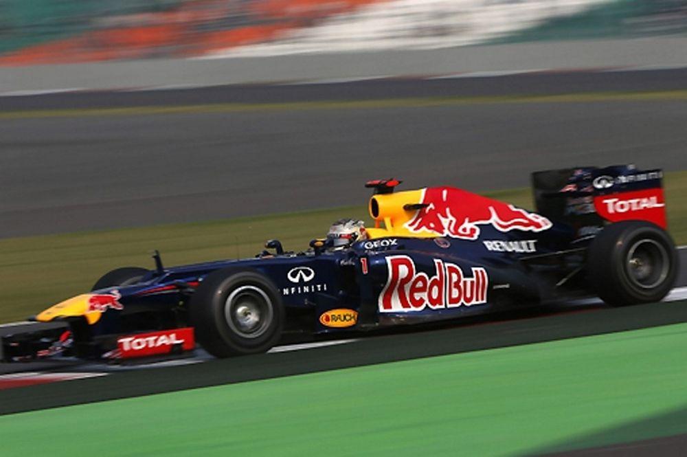 Formula 1-Ινδία: Κυρίαρχος ο Φέτελ και pole position!