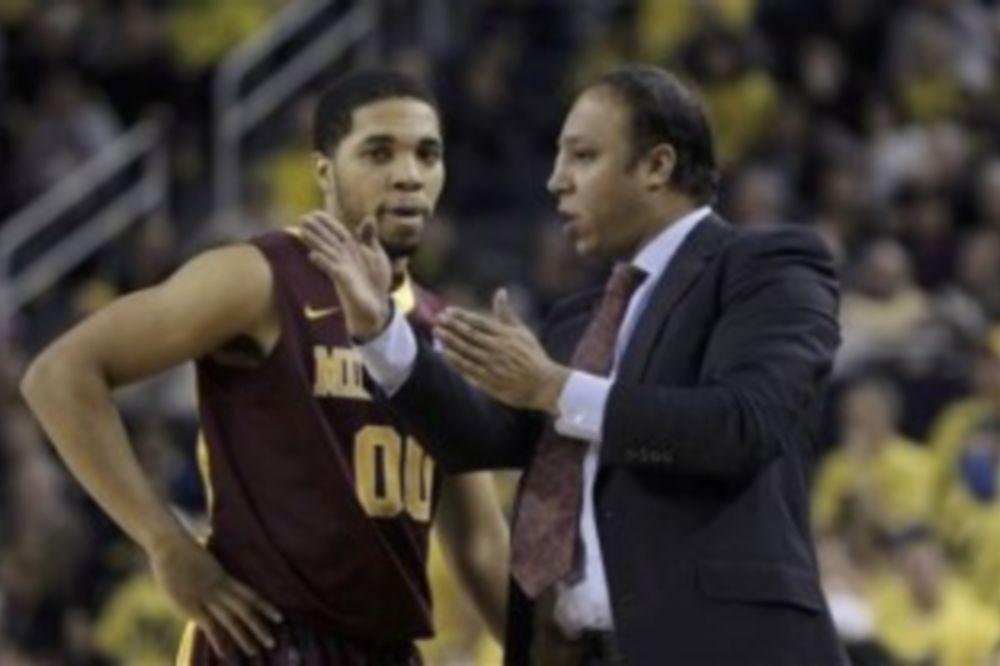 NCAA: Συνεχίζει στη Μινεσότα ο γιος του Τάμπι Σμιθ