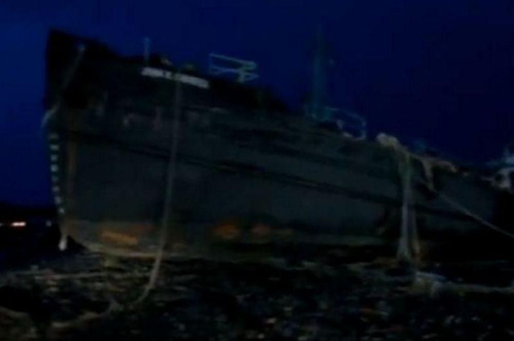 Τυφώνας Σάντι: Εβγαλε τάνκερ στη στεριά (Video)