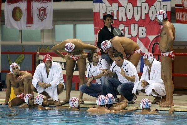 Βλάχος: «Πολλά κίνητρα ο Ολυμπιακός με Γιουνγκ»