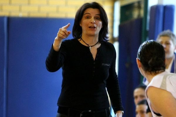Καπογιάννη: «Δεν φοβηθήκαμε το ρεκόρ Γκίνες του Αθηναϊκού»