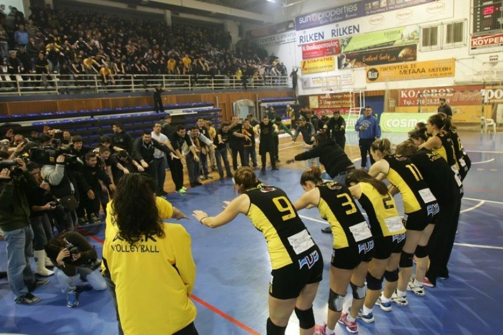 ΑΕΚ – Ολυμπιακός: «Κιτρινόμαυρη» κυριαρχία! (photos)