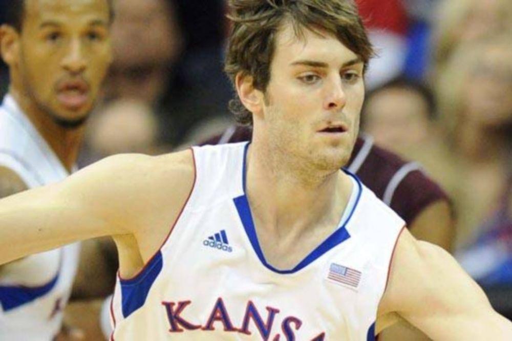 NCAA: Αποχώρησε ο Πέτερς από Κάνσας