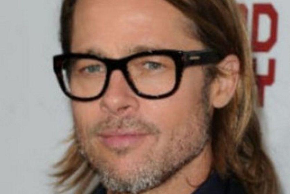 Ο Brad Pitt έχει τους λόγους του να μισεί τον Άγιο Βασίλη!
