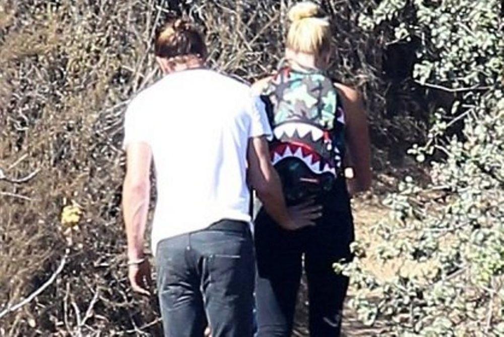 Ο Gavin Rossdale χούφτωνε απλά την αδερφή του! Δεν κεράτωνε την Gwen Stefani!