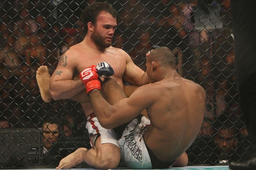 UFC 157: Πάλι στο «οκτάγωνο» ο Lawler