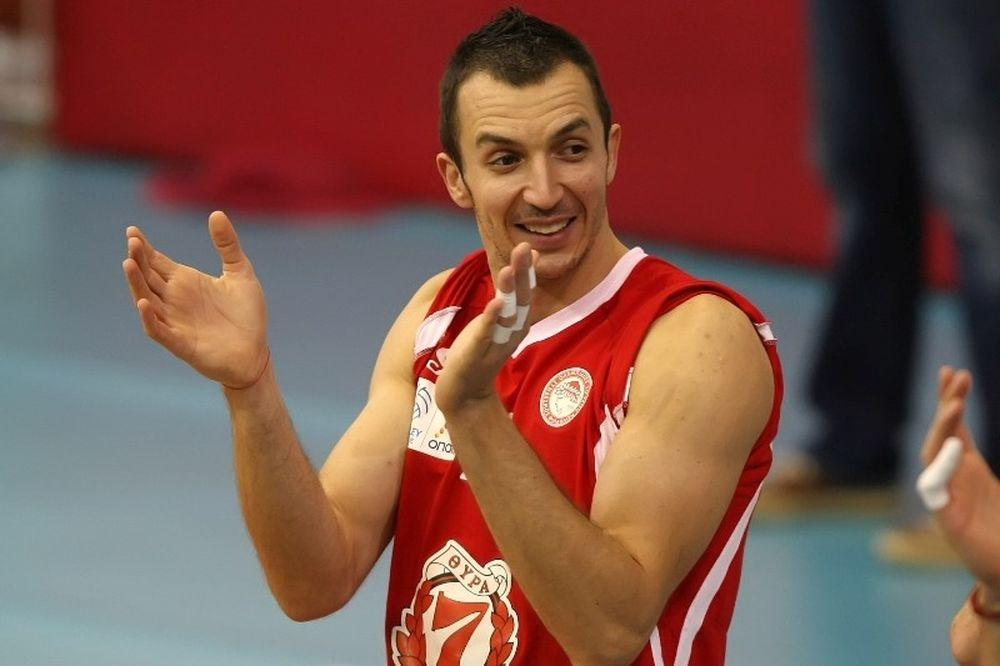 Γιορντάνοφ: «Απολαμβάνω να παίζω στον Ολυμπιακό»