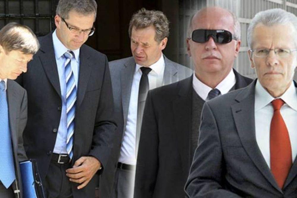 Ανοίκειες υποδείξεις της τρόικας στους εισαγγελείς Πεπόνη - Μουζακίτη!