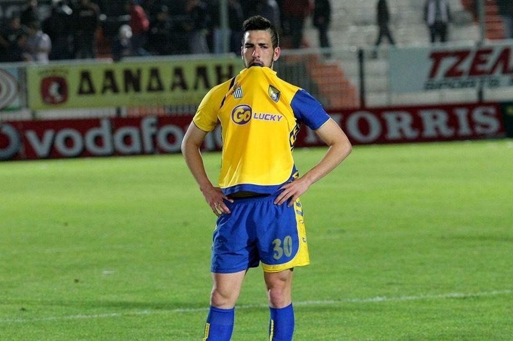 Μητρόπουλος: «Είναι «βαριά» η φανέλα της ΑΕΚ»