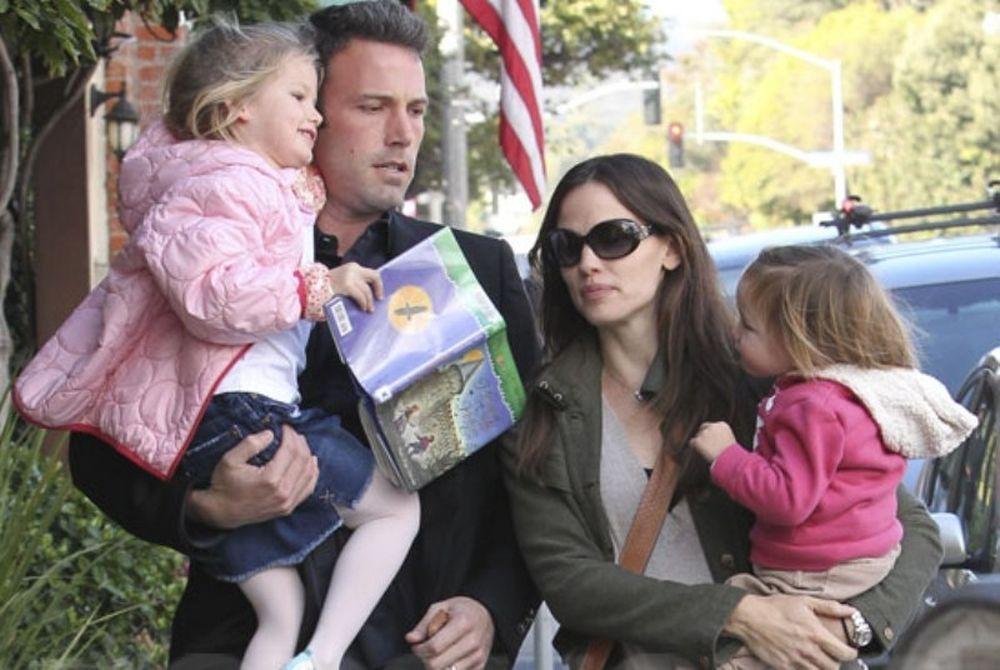 Αυτές είναι οι πιο αγαπημένες οικογένειες του Hollywood για το 2012