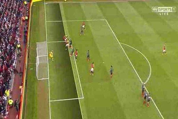 Μάντσεστερ Γιουνάιτεντ: Χαμός με το γκολ... οφσάιντ του Βίντιτς! (photos)