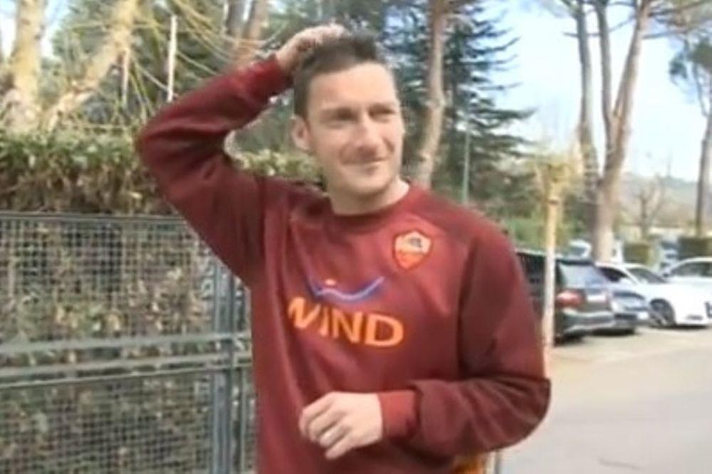 Ρόμα: Αποθεώθηκε ο Τότι! (video)