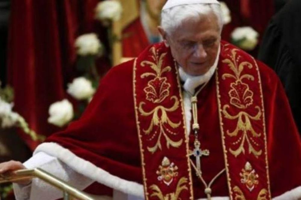 La Repubblica: Ο Πάπας παραιτήθηκε λόγω των σκανδάλων