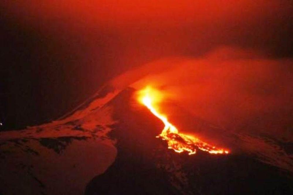 Βίντεο: «Ξύπνησε» και πάλι το ηφαίστειο Αίτνα