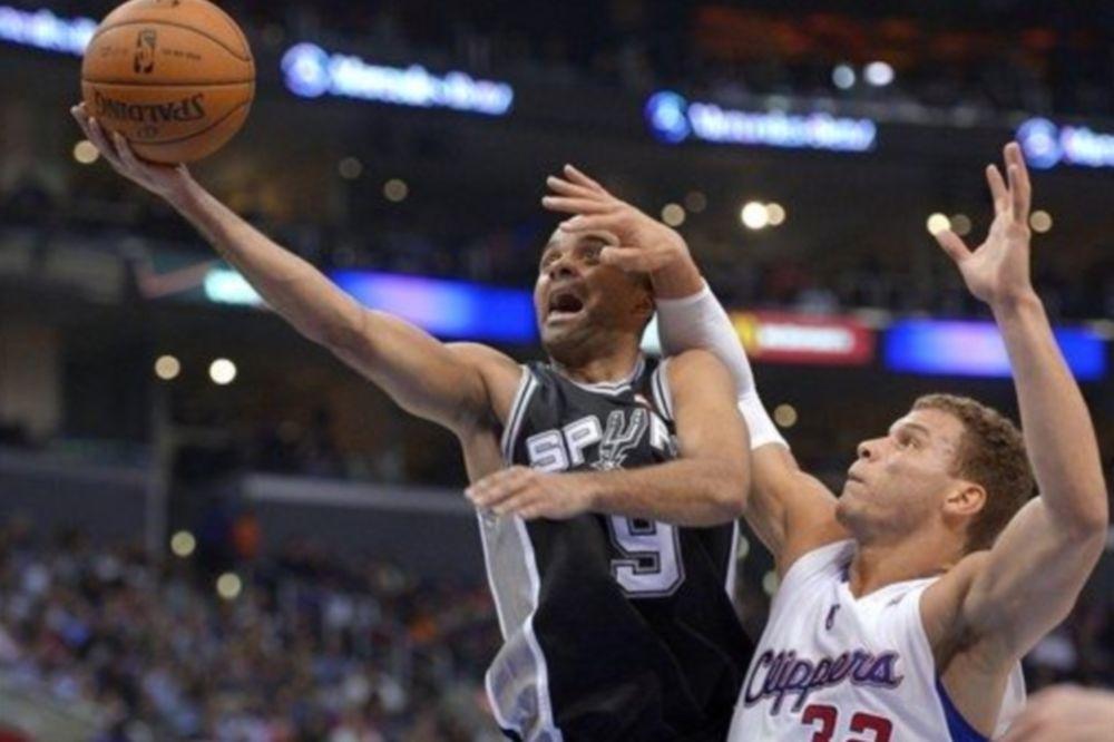 NBA: Εύκολες νίκες για Σπερς και Χιτ