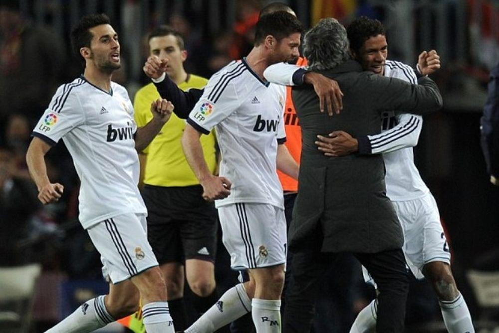 Ρεάλ Μαδρίτης: Μουρίνιο και Βαράν... χορεύουν αγκαλιά! (video)