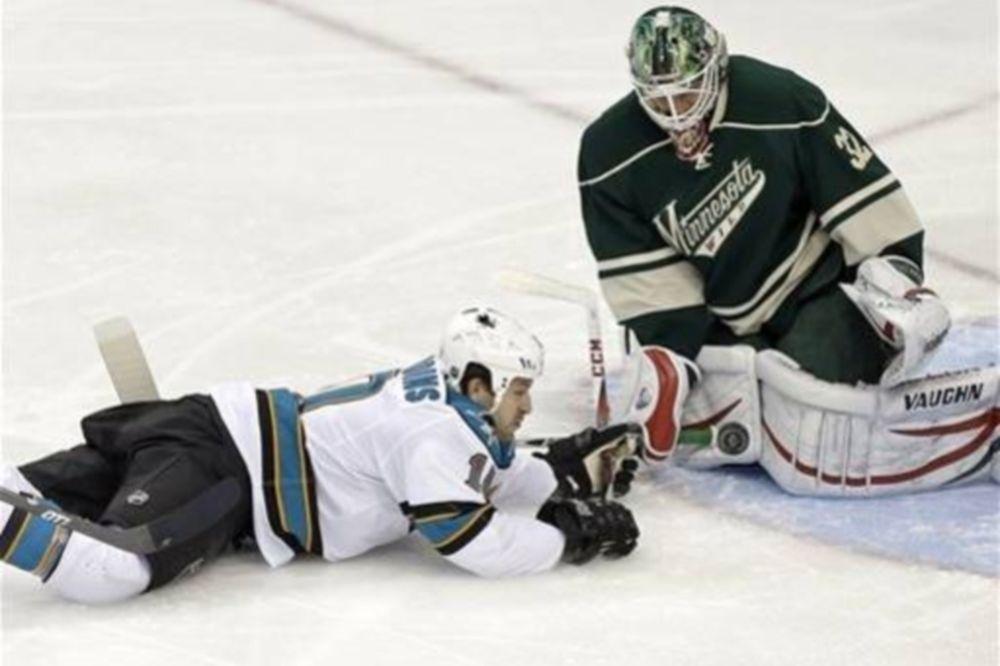 NHL: Άνοιξε λογαριασμό ο Backstrom (videos)