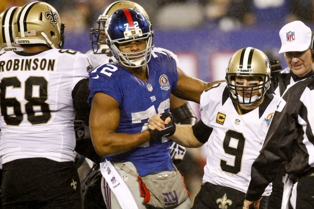 NFL: Πήραν Umenyiora οι Φάλκονς