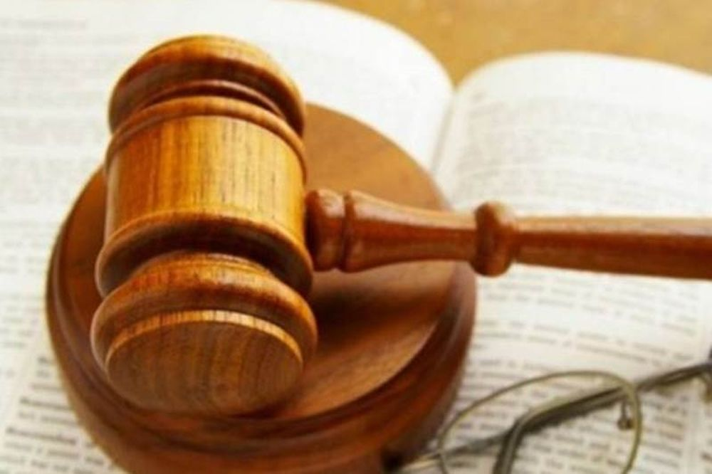 Αναστέλλουν εκ νέου τις κινητοποιήσεις τους οι εισαγγελείς