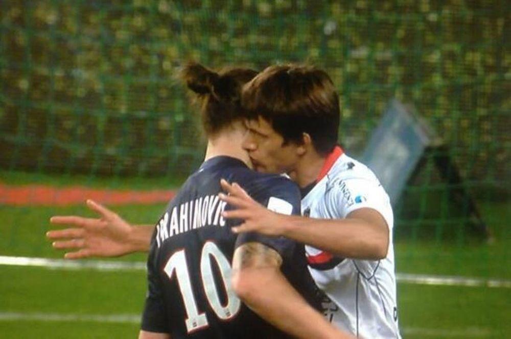 Παρί Σεν Ζερμέν: Το… γκέι φιλί στο λαιμό του Ιμπραΐμοβιτς! (photos+video)