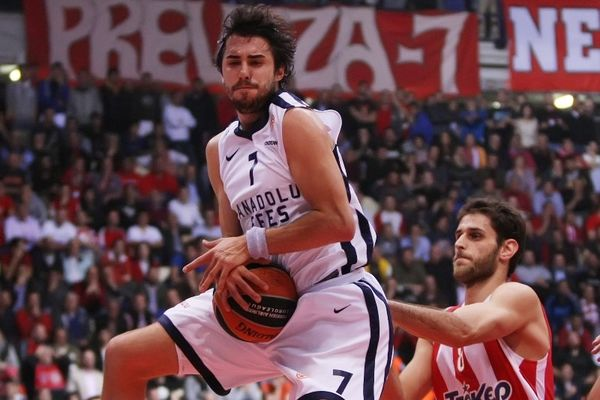 Χαμός στην Εφές πριν τον Ολυμπιακό, εκτός ομάδας ο Βούγιασιτς!