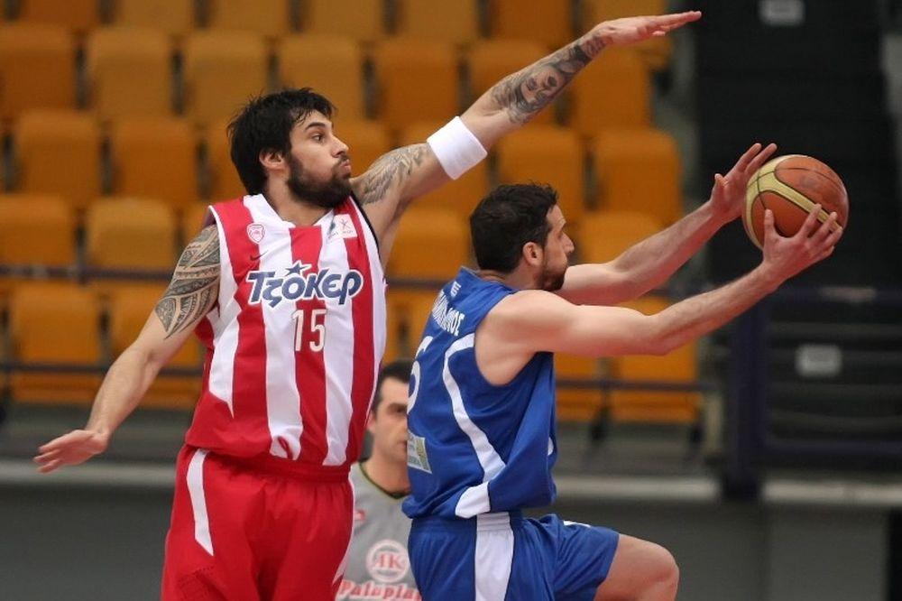 Πανελευσινιακός: Έκανε το ρεκόρ με Ολυμπιακό ο Παπανικολόπουλος