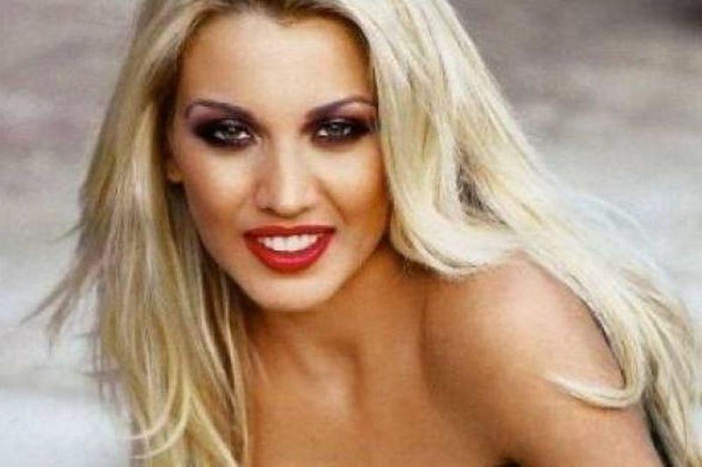 Δείτε την Κωνσταντίνα Σπυροπούλου στο κρεβάτι της!