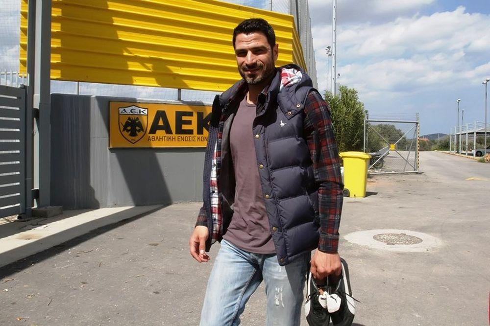 Ζήκος: «Καταδικασμένη να πρωταγωνιστεί η ΑΕΚ»