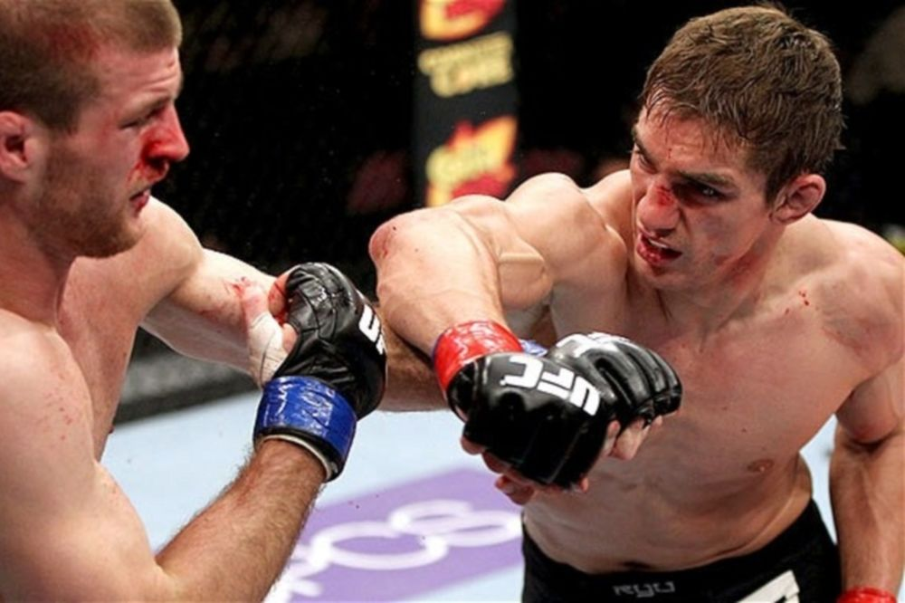 UFC on FUEL TV 10: High αντί Hathaway στη Βραζιλία