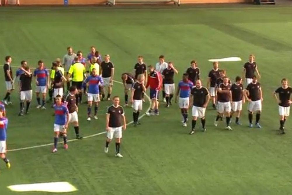 Νορβηγία: Έπαιξαν ποδόσφαιρο 22 εναντίον 11! (video)