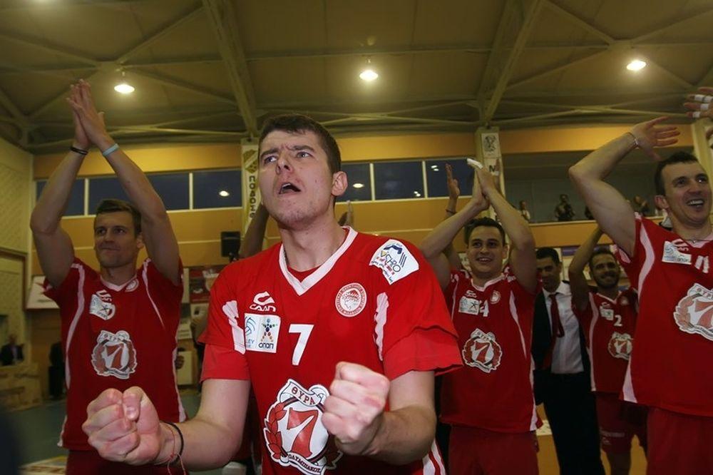 Φιλίποφ: «Ευχαριστώ τον Ολυμπιακό για το όνειρο που ζω»