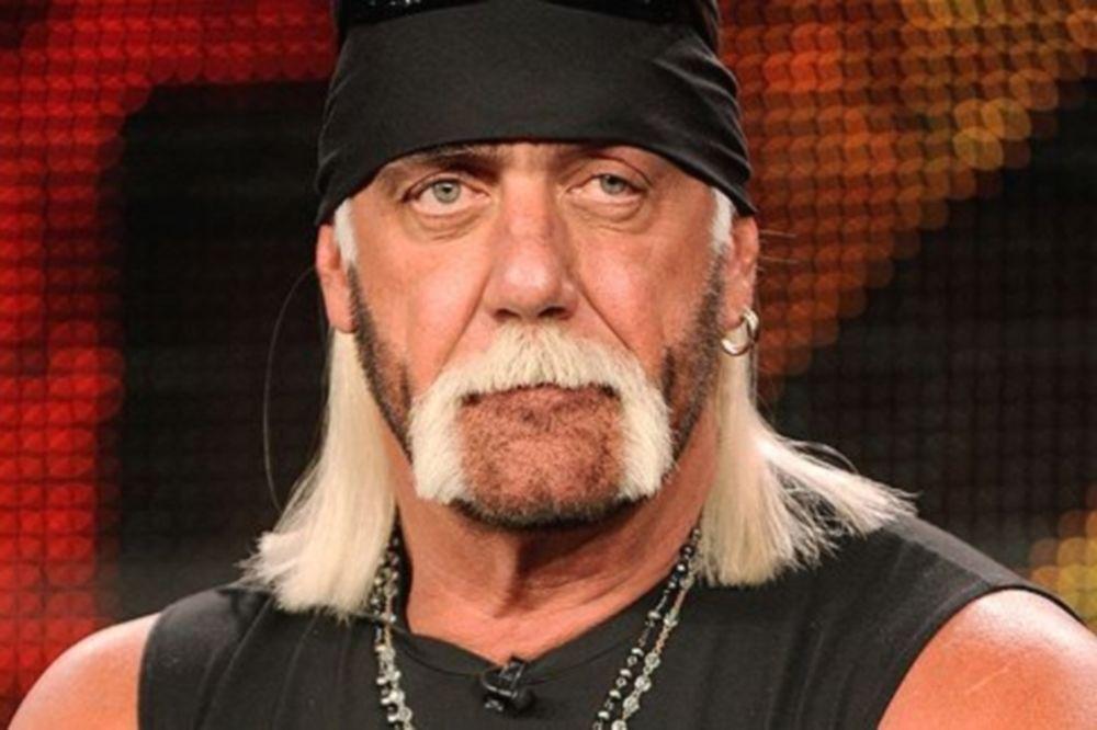 Ανατριχιαστικός τραυματισμός του Hulk Hogan (photos)