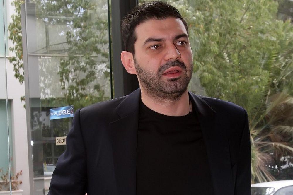 Πουλινάκης: «Με τέσσερις ομάδες στην Super League»