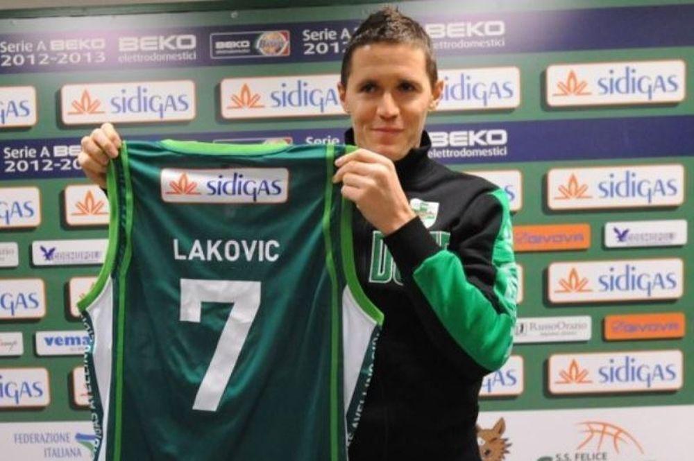 Μένει ο Λάκοβιτς στην Αβελίνο
