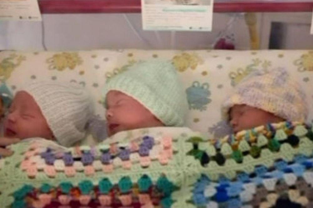 Βίντεο: Η γέννηση τριδύμων με φυσιολογικό τοκετό!