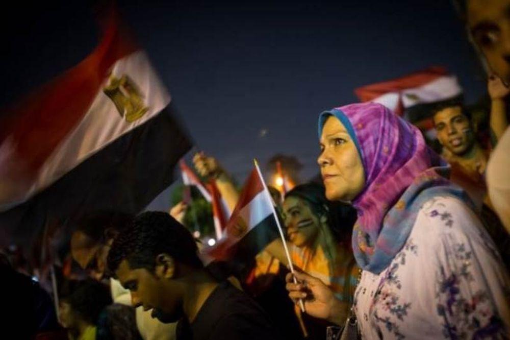 Αιματηρές συγκρούσεις στη σκιά της ανατροπής του Μόρσι