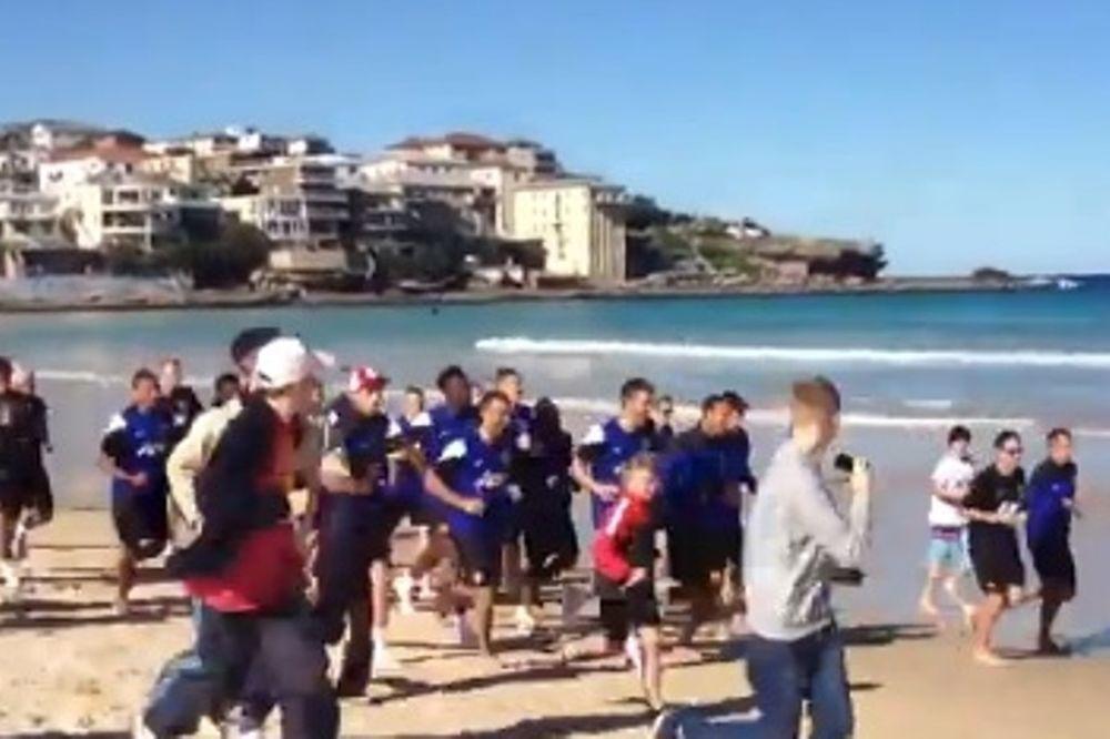 Μάντσεστερ Γιουνάιτεντ: Τρέξιμο στην παραλία (video)