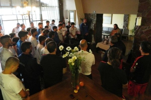 Εργοτέλης: Μνημόσυνο σε Χερσόνησο και… Νάουσα