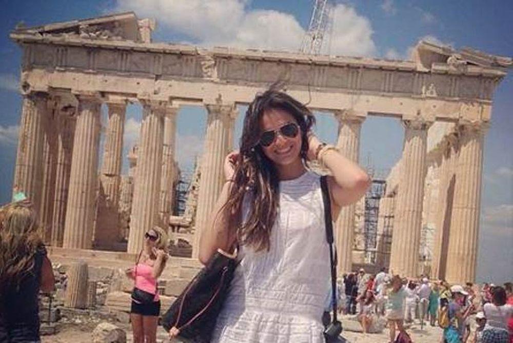Μπαρτσελόνα: Στην Ελλάδα η κοπέλα του Νεϊμάρ (photos)