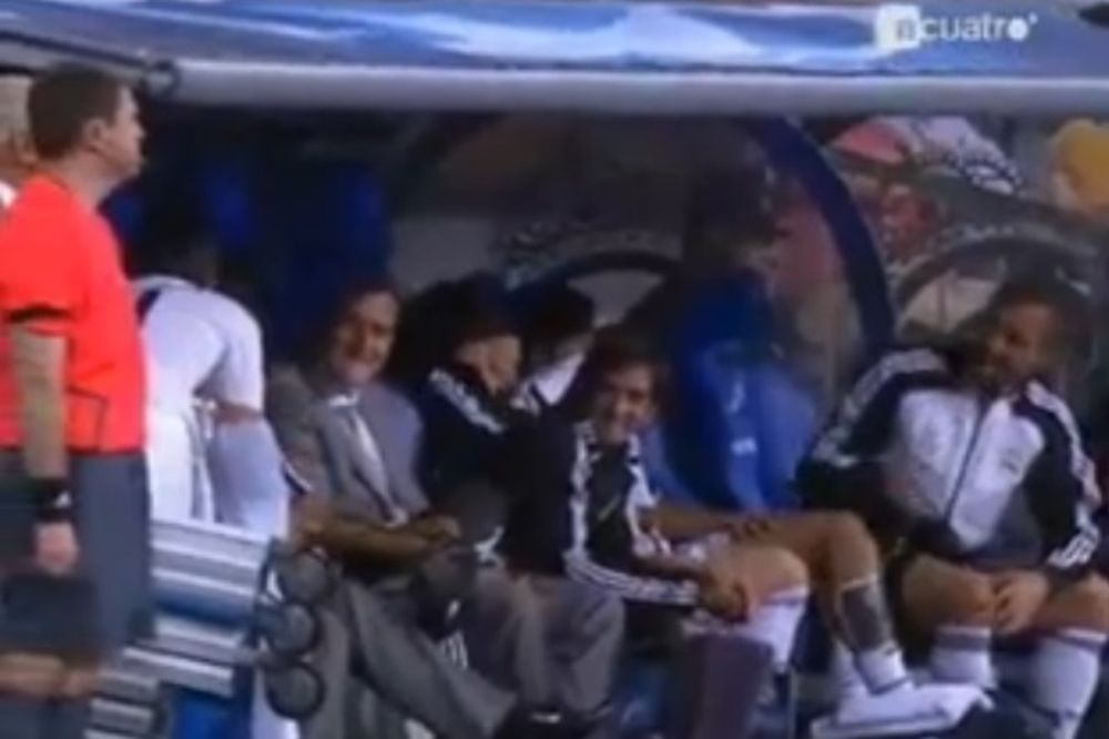 Ολυμπιακός: Όταν ο Τόρες πείραζε τον Σαβιόλα (video)