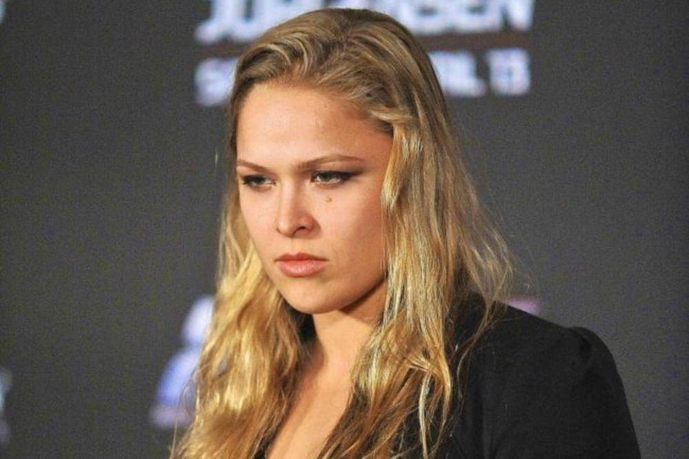 UFC 168: Στο Expendables 3 η Rousey!